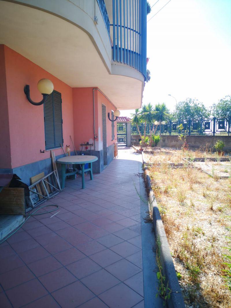 Misterbianco-Serra Belvedere appartamento in villa vani 4,5+terrazzo
